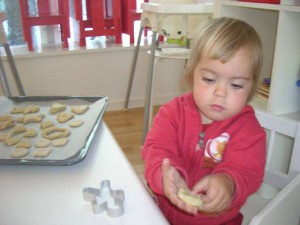 baking-toddlers-tinytots